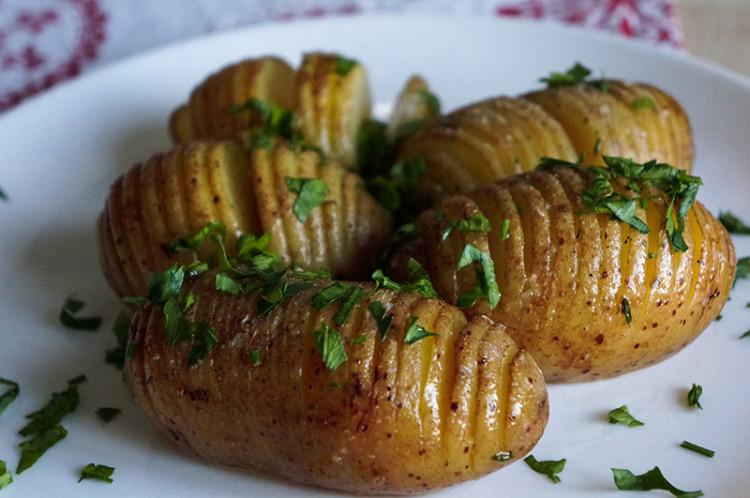 Картошка гармошка в духовке