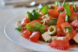 Легкий освежающий салат с грейпфрутом