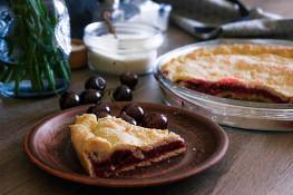 Песочный пирог с вишней рецепт